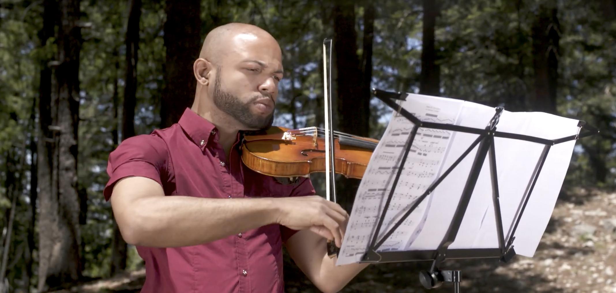 Master violinist inspired by Itzhak Perlman on Sesame Street