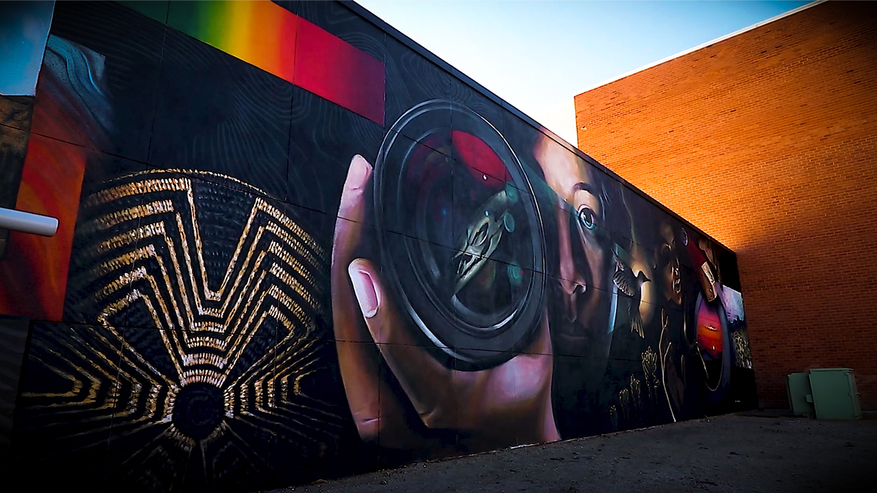 Brisa Tzintzun describes working alongside muralist Mata Ruda